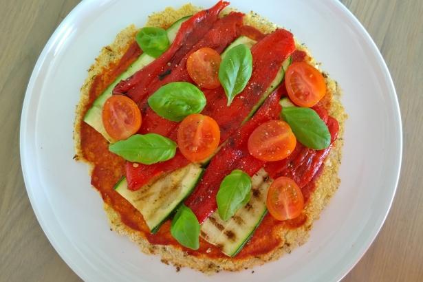pizza bloemkool amandelmeel (4)